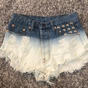 Pants - Cut off jean shorts with studded pocket